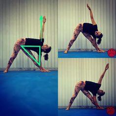 O grande problema das flexões laterais é a ideia incorrecta que quanto mais baixo eu descer, melhor faço o asana. Contudo, para que o… Yoga, Asana, Grande, Pants, Fashion, Side Crunches, Bass, Tips, Trouser Pants