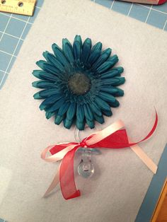 DIY Baby Shower Corsage