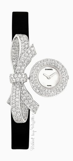 Regilla ⚜ Chanel. My heart! Did a flip when it saw this!