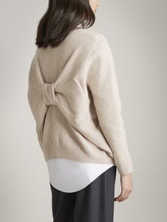 Bow back sweater; in