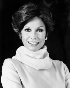 Mary Tyler Moore..then  Diane, doesn't this look just like Nancy????  it surely does...