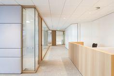 Heerema Marine Contractors | Interior design by HEYLIGERS design + projects. Office, corporate, meeting room, concentration room, informal meeting, glass walls, work floor, interior design.