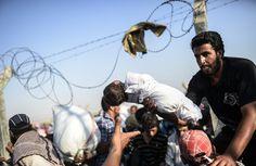 【AFP記者コラム】トルコ国境に押し寄せるシリア難民の波 写真10枚 国際ニュース:AFPBB News
