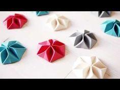 DIY // Réalisez des cocardes de papier en Origami - YouTube