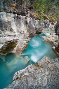 Nigel Creek, Banff National Park, Alberta, Canada.