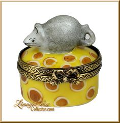 Happy Mouse on Cheese (Beauchamp) Limoges Box.