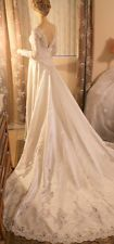 STUNNING Vintage Hand Made Wedding Dress with Long Train ~Size XS~ Beaded~FAB