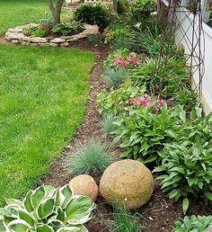Backyard Flower Gardens | everyone dreams to have a beautiful backyard a kind of backyard that ...