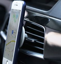 Magnetyczny Uchwyt Samochodowy Do Telefonu Na Kratke Nawiewu Remax Szary Smartphone Gadget Galaxy Phone Samsung Galaxy Phone