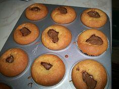 MARI PLATEAU: Ατομικά Κεκάκια με γιαούρτι και nutella