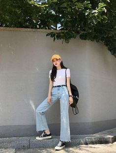 New fashion korean dress clothes Ideas Korean Summer Outfits, Korean Fashion Summer Street Styles, Korean Fashion Trends, Summer Fashion Trends, Street Style Summer, Korea Fashion, New Fashion, Trendy Fashion, Fashion Outfits