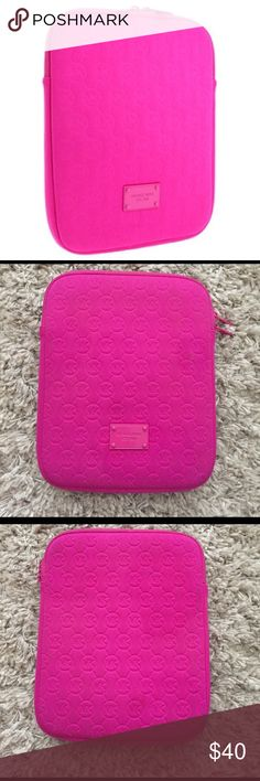 Michael Kors tablet case Pink Michael Kors tablet double zipper case. 100% authentic. Gently used but nothing crazy wrong. No scratches on emblem either! Michael Kors Accessories Tablet Cases