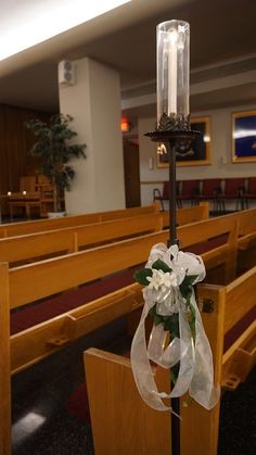 #vtwmc | White Floral Bows with Ivy | Wrought Iron Aisle Candle | War Memorial Chapel