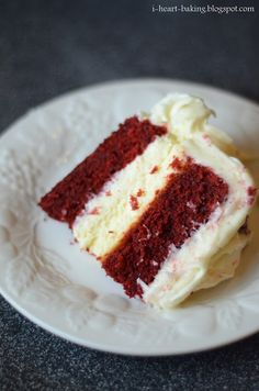 i heart baking!: red velvet cake with cheesecake middle and piped roses