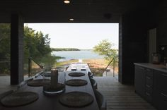 entry summer villa vi slices through home to lakeside dock 2 passageway thumb 20511 Entry to Summer Villa Slices through Home to Inlet Dock Modern Architecture House, Amazing Architecture, Architecture Design, Country Modern Home, Small Modern Home, Villa, Weekend House, Cozy Cabin, Black House