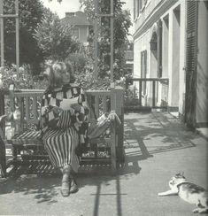 Jeanne Moreau Is My Hero. Jeanne Moreau, Old Hollywood, Garden Furniture, Cinema, Hero, Archive, Painting, Beautiful, Vintage