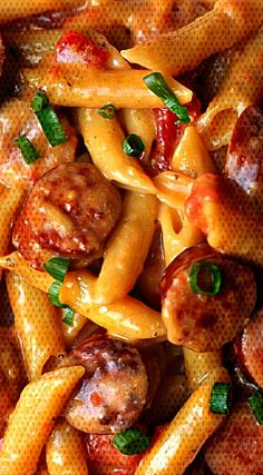 One Pan Cheesy Smoked Sausage & Pasta Recipe ~ So yummy and easyYou can find Sausage pasta and more on our website.One Pan Cheesy Smoked Sausage & Pasta Recipe ~ So yummy. Vegan Noodle Soup, Creamy Pasta Recipes, Recipe Pasta, Italian Sausage Recipes, Skillet Dinners, How To Cook Sausage, Sausage Pasta, Pasta Salad, Easy Meals