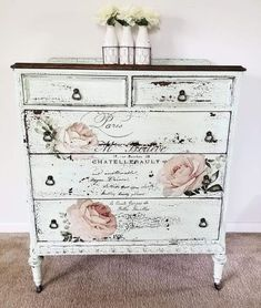 Retro Home Decor impressive inspirations - decor tips reference 1817084919 - Delightfully stunning decorating tips to organize and design a gorgeous yet exciting decor. retro home decor ideas shabby chic suggestions pinned on this day 20181216 Decoupage Furniture, Refurbished Furniture, Paint Furniture, Repurposed Furniture, Shabby Chic Furniture, Furniture Projects, Furniture Makeover, Furniture Decor, Furniture Market