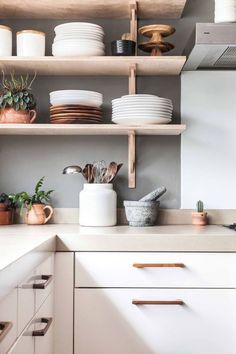 Modern Kitchen Decor : Those copper accents are giving us life. Modern Kitchen Design Accents Copper decor giving Kitchen life Modern Affordable Kitchen Cabinets, White Kitchen Cabinets, Kitchen Cabinet Design, Interior Design Kitchen, Wood Cabinets, Open Cabinet Kitchen, Kitchen White, Kitchen Shelves, Simple Interior