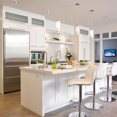 Have a peek below for Classy Kitchen Decor Kitchen Dinning Room, Condo Kitchen, Diy Kitchen, Kitchen Decor, Kitchen Cabinets, Home Interior, Interior Design Kitchen, Ideas Hogar, Home Remodeling