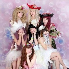 Do you know that feel when Musumen are prettier girls than you? Because I do (._.)