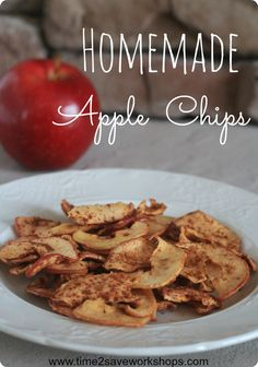 Here is a super simple recipe for homemade apple chips. With only two ingredients, you'll have fresh apple chips ready for a great snack!
