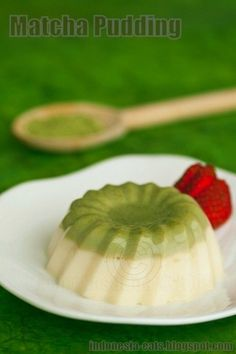 Matcha (Greean Tea) Pudding.  Easy to make and light!