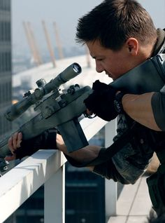 Jeremy Renner as Sergeant Doyle Jeremy Renner, Hawkeye, Human Poses Reference, Character Reference, Marvel Photo, Mission Impossible, Story Characters, Clint Barton, Jonathan Rhys Meyers
