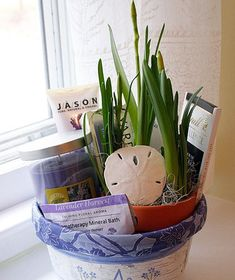 DIY Gift Basket Ideas  - Lavender Spa Treatment - Click pic for 25 DIY Christmas Gift Ideas