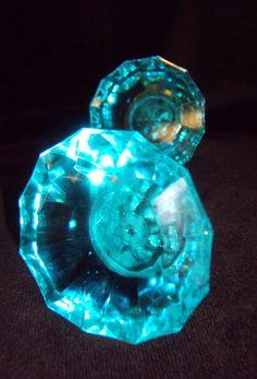 Gold lion door knob d c o r pinterest door knobs for Turquoise door knobs