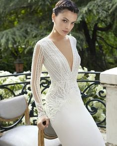 Wedding Dress MALVA by Rosa Clará - Search our photo gallery for pictures of wedding dresses by Rosa Clará. Find the perfect dress with recent Rosa Clará photos. Pretty Wedding Dresses, Amazing Wedding Dress, Wedding Dresses Photos, Cheap Wedding Dress, Modest Wedding, Rosa Clara Wedding Dresses, Casual Wedding, Elegant Wedding, Bridal Gowns