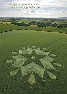 Interpretation of the Crop Circle Appeared at Cley Hill, nr Warminster, Wiltshire. Reported July Most crop circles appeared after… Ufo Reports, Future Concept Cars, Crop Circles, Circle Of Life, Ancient Aliens, Heaven On Earth, New Age, Mother Earth, Cosmos