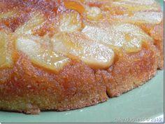 Warm Apple-Cornmeal Upside-Down Cake via @cakeduchess