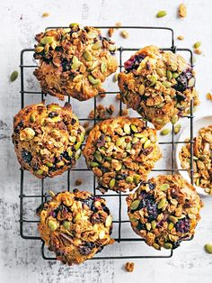 These blackberry, apple and granola muffins were nice, but took much longer oven time to get ready. Also put temp up to 200 for some time. Maybe because I made them gluten free with a combination of rice, buckwheat and almond flower (and a raising agent), but did not expect it to be that different.