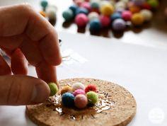 DIY: Posavasos de bolas de fieltro bonitos y low cost!