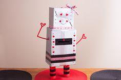 Como fazer uma caixa de Dia dos Namorados em forma de robô