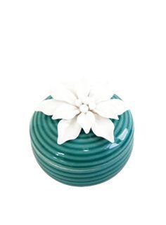 A Loja do Gato Preto | Caixa Verde Flor Branca #alojadogatopreto