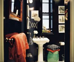 Pops of color for my black powder room..hmm, maybe I will paint my bathroom again! This would be fun to decorate
