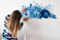 Blue paper flowers for nursery wall decor - Nursery paper flowers - Baby room paper flowers - Over the Crib Paper Flower Set