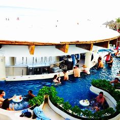 """@Faxe Axelsson's photo: """"This must be the coolest pool in #Cancun! #omnihotels"""" #OmniEscape"""