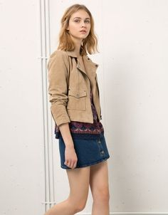Match your #top with your Bershka denim skirt and #suede jacket!