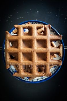Koolhydraatarme Chocolade Wafels - Puur en Lekker leven volgens Mandy Belgian Food, Savory Waffles, Keto Cake, Go For It, Healthy Cake, Low Carb Breakfast, Low Carb Diet, Low Carb Recipes, Sweet Recipes