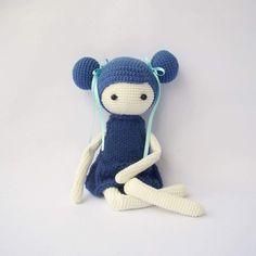 Blue doll - Amigurumi