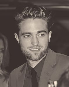 Somebody stop me! I can't stop pinning photos of this FACE!!!! I'm addicted to this man!