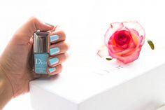 """""""Porcelaine"""" et """"Bouquet"""", les vernis en édition limitée de Dior  #nail #blue #naillacquer #dior"""