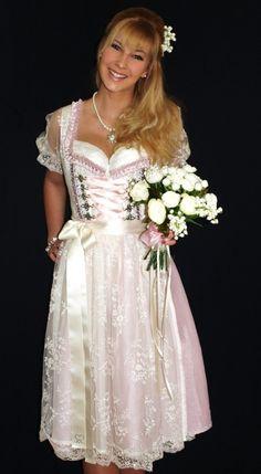 Designer-Dirndl, Brautdirndl creme rose