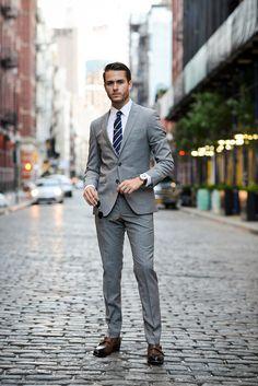 Professional look grey suit brown shoes, grey suit combinations, mens suits, groomsmen suits Mens Fashion Blog, Mens Fashion Suits, Mens Suits, Groomsmen Suits, Men's Fashion, Groom Attire, Fashion Tips, Grey Suit Brown Shoes, Grey Suit Men