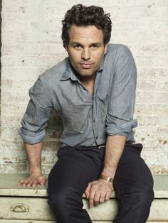 Mark Ruffalo has a rumpled sexiness. Amazing actor, love him in everything I see…