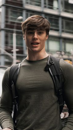 David Laid spotted at the Nikki Blackketter by Gymshark collection pre-release pop up shop opening. Mens Hair Trends, Mein Style, Attractive Men, Muscle Men, Male Beauty, Hot Boys, Pretty Boys, Cute Guys, Mens Fitness