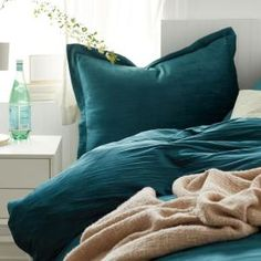 Shop Cstudio Home Easton Velvet Duvet Cover Sets at The Company Store. Luxe crinkled velvet gives this duvet cover and sham set an incredibly plush texture. The Company Store Teal Bedspread, Teal Comforter, Comforter Sale, Ivory Bedding, Queen Comforter Sets, Queen Duvet, King Duvet Cover Sets, Full Duvet Cover, Bed Duvet Covers